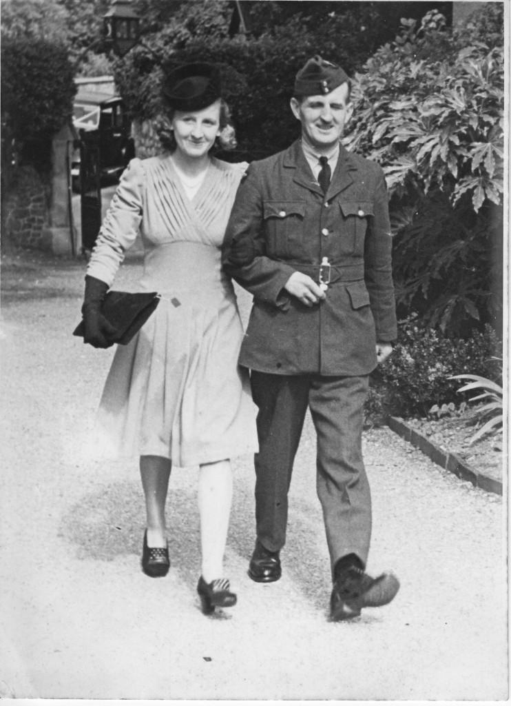 THORNE, Ernest and sister Doris